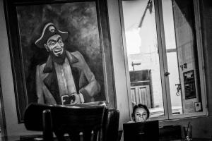 jeune-fille-au-pirate